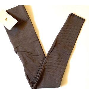 NWT Fabletics leggings Size XSmall